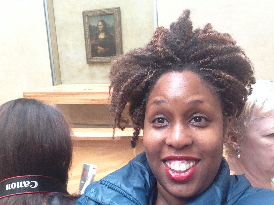 Psychic Zya with Mona Lisa at The Louvre